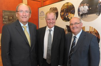 Pictured at a lecture entitled 'Perspectives on the Ulster Covenant' which took place at Parliament Buildings on Monday 24 September are: (l-r) the Ceann Comhairle, Mr Seán Barrett TD; historian Dr Jonathan Bardon; and the Speaker of the Northern Ireland Assembly, Mr William Hay MLA.